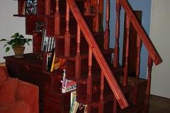 trepp koos käsipuu ja riiulitega (2)